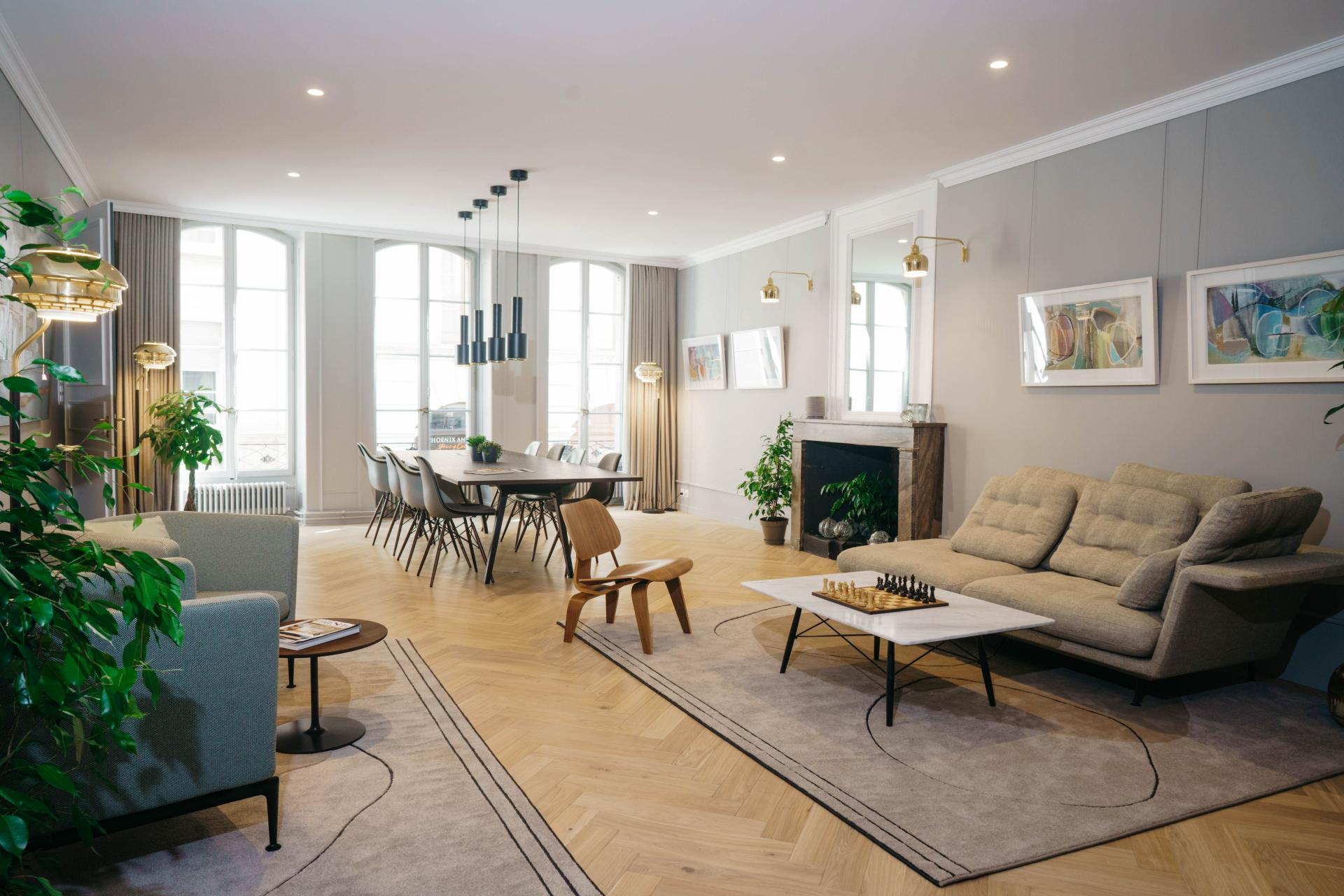 Bright living space at The Hamlet, Bourg-de-Four, Geneva - Citybase Apartments