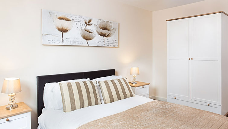 Bedroom in Swindon Paramount Apartments - Citybase Apartments