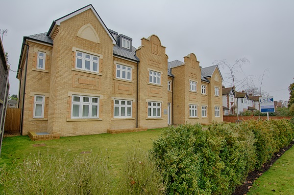 Exterior at Kinnaird Court Apartments - Citybase Apartments