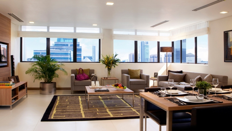 Living area in the 8 on Claymore Apartments, Singapore - Citybase Apartments