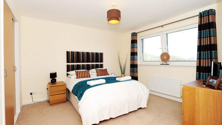 Bedroom at Hilton Campus Apartments - Citybase Apartments