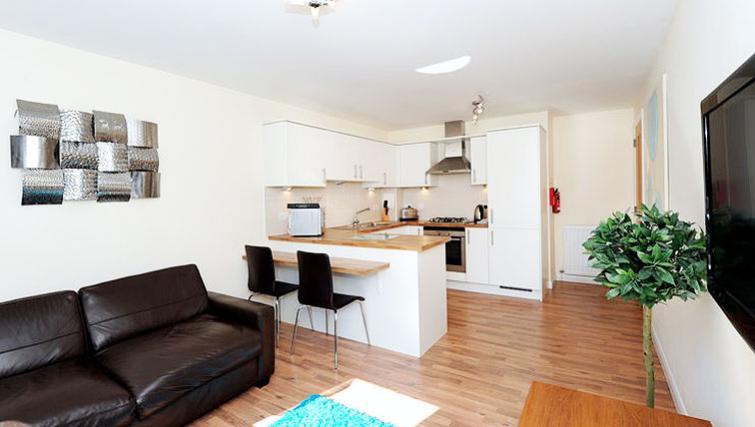 Living area at Hilton Campus Apartments - Citybase Apartments