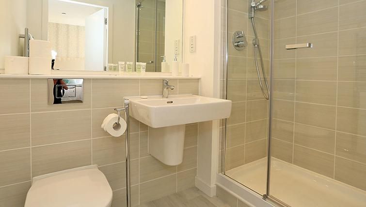 Pristine bathroom at 54 Chapel Street Apartments - Citybase Apartments