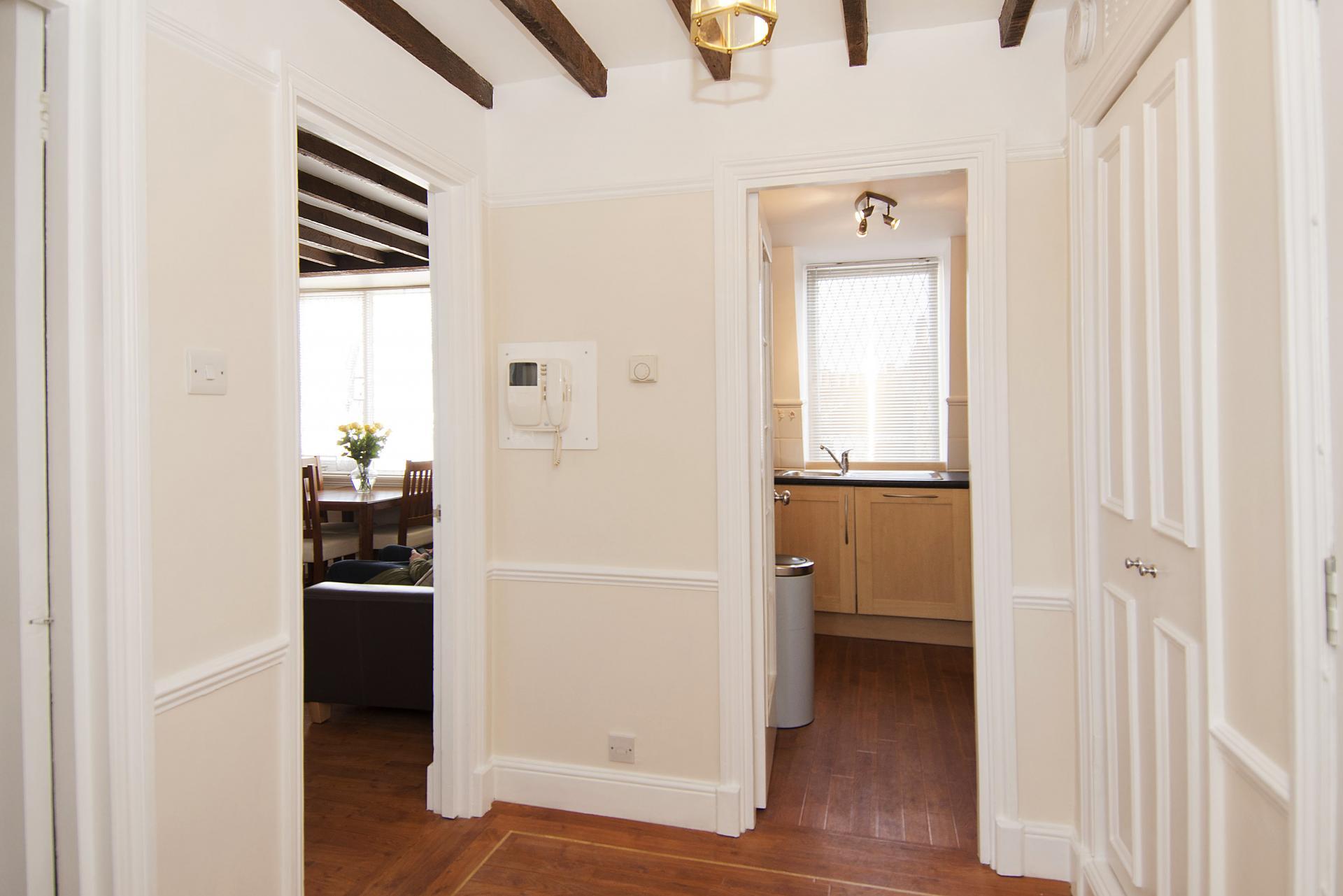 Hallway at Maybury Court Apartment - Citybase Apartments