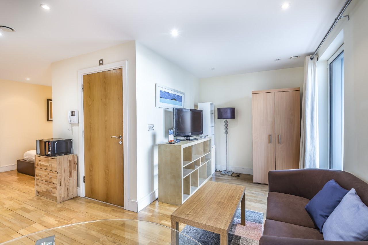 Wooden at Indescon Square Apartments, South Quay, London - Citybase Apartments