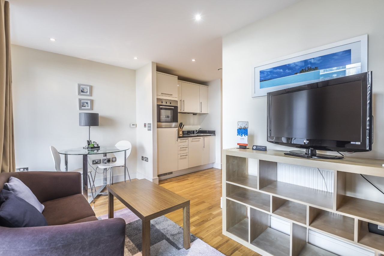 TV at Indescon Square Apartments, South Quay, London - Citybase Apartments