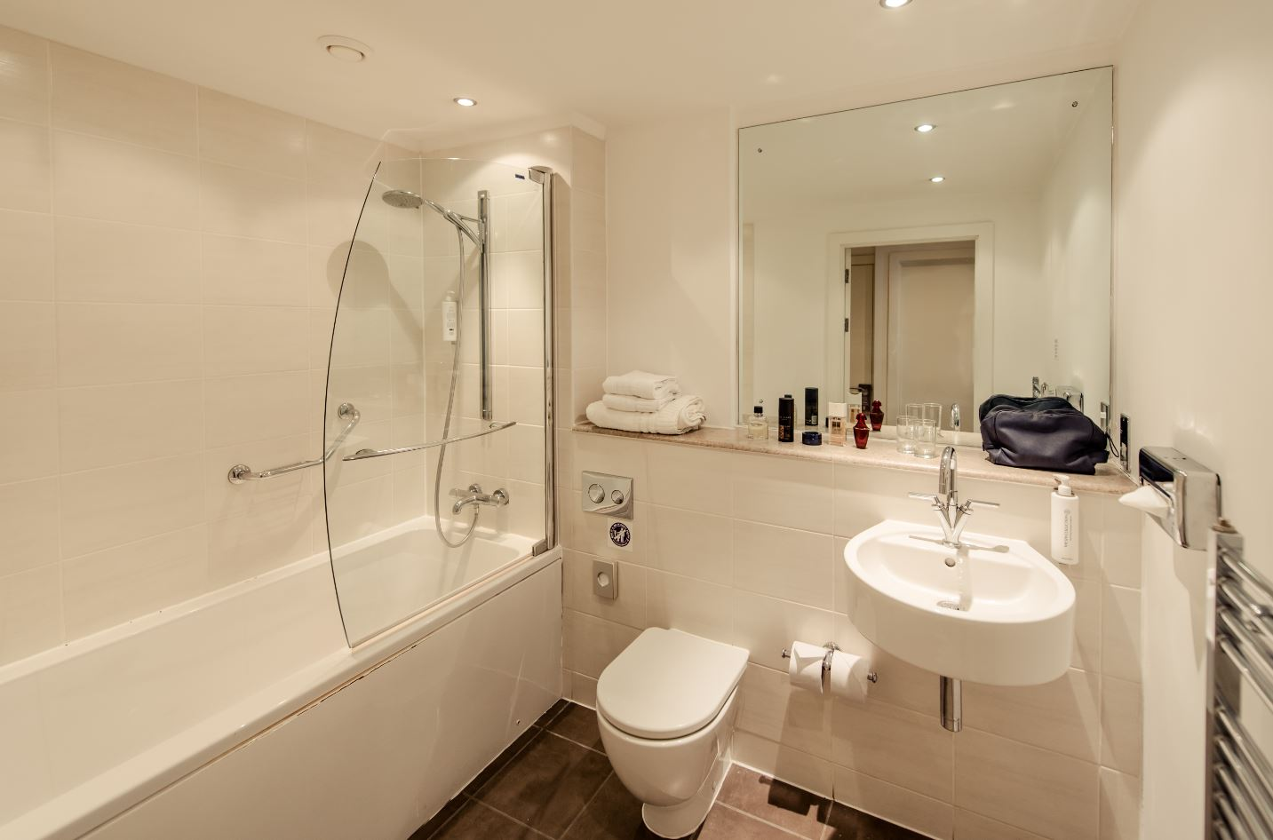 Bathroom at Premier Suites Manchester - Citybase Apartments