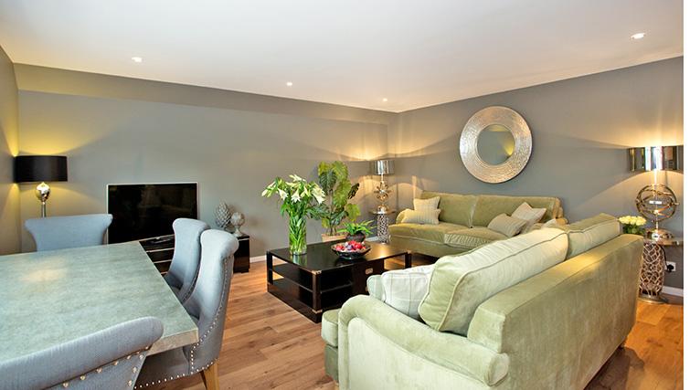 Living room at Polmuir Gardens Apartments - Citybase Apartments