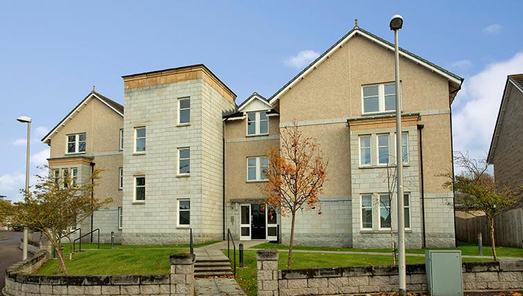 Exterior at Polmuir Gardens Apartments - Citybase Apartments