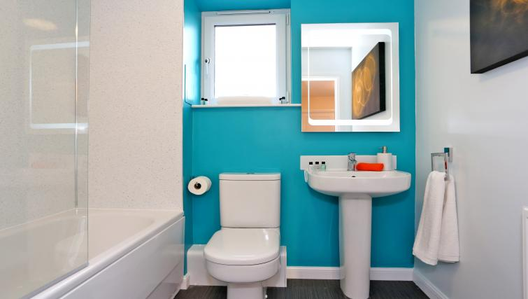 WC at Burnside Road Apartments - Citybase Apartments
