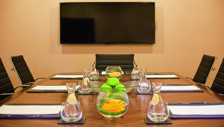 Meeting room at Moevenpick Al Mamzar Apartments - Citybase Apartments