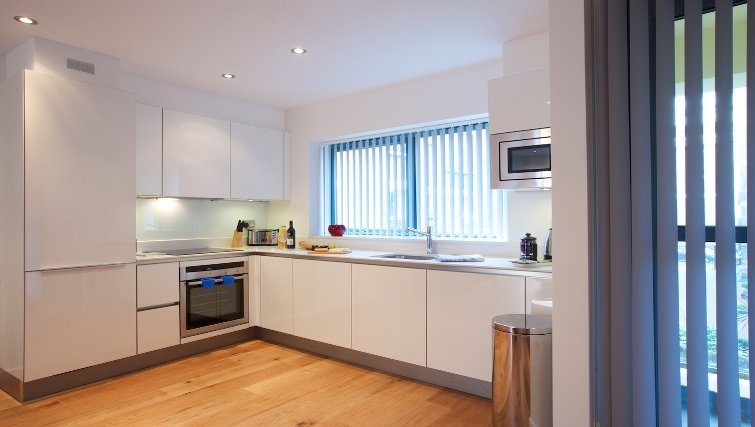Spacious bright kitchen at Flying Butler Marylebone Edgware Road Apartments - Citybase Apartments