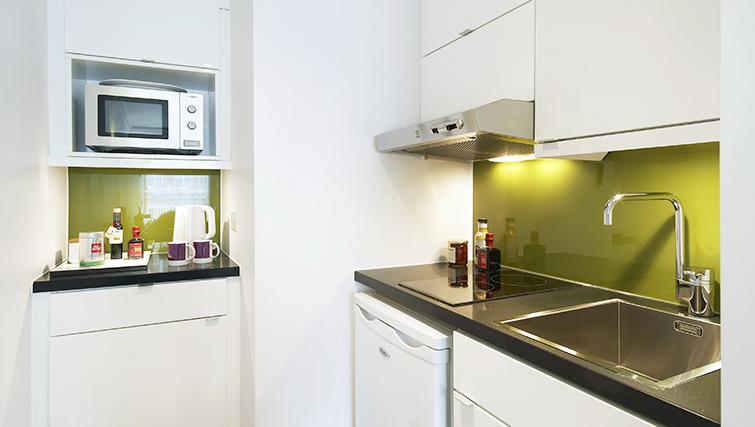 Elegant kitchen at Citadines South Kensington London - Citybase Apartments