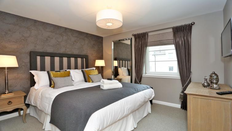 Bedroom at Priory Park Apartments - Citybase Apartments