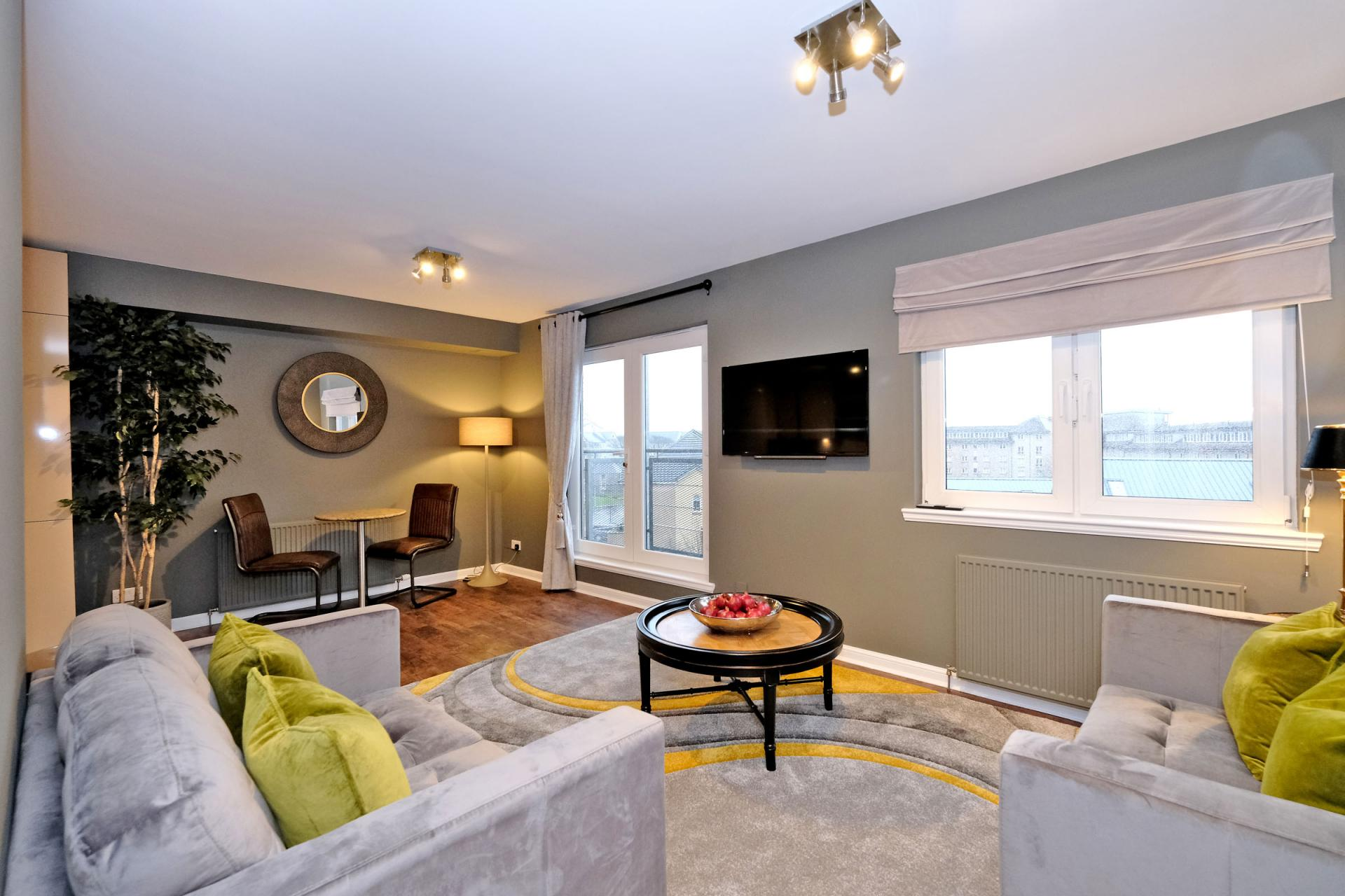 Living space at Bothwell Road Apartments - Citybase Apartments