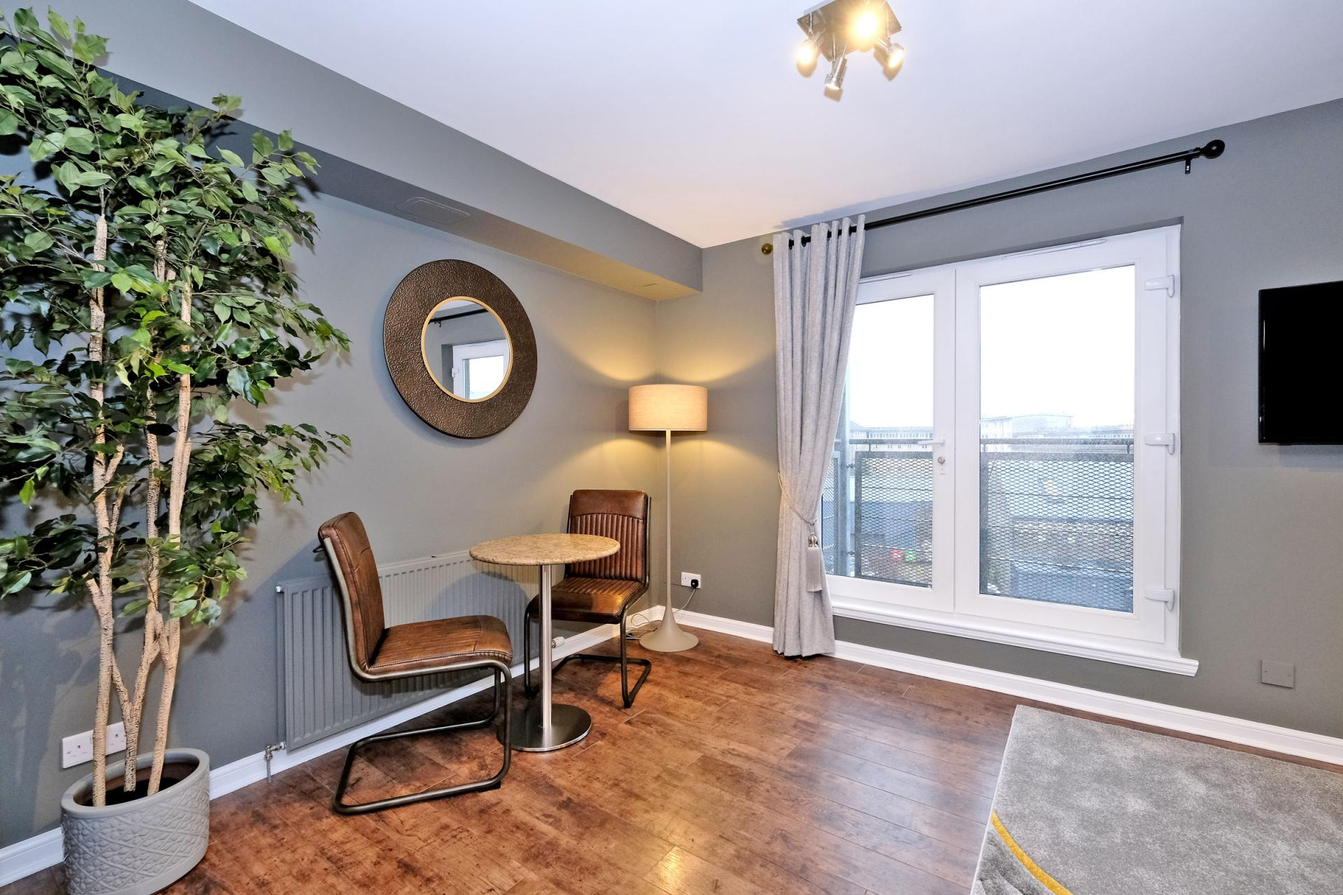 Dining area at Bothwell Road Apartments - Citybase Apartments