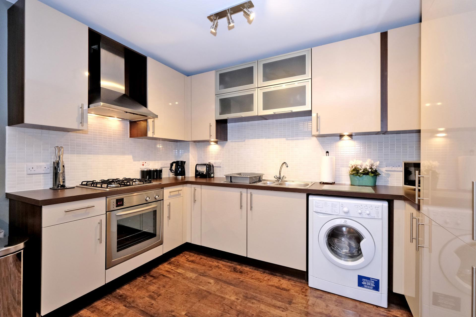 Kitchen at Bothwell Road Apartments - Citybase Apartments
