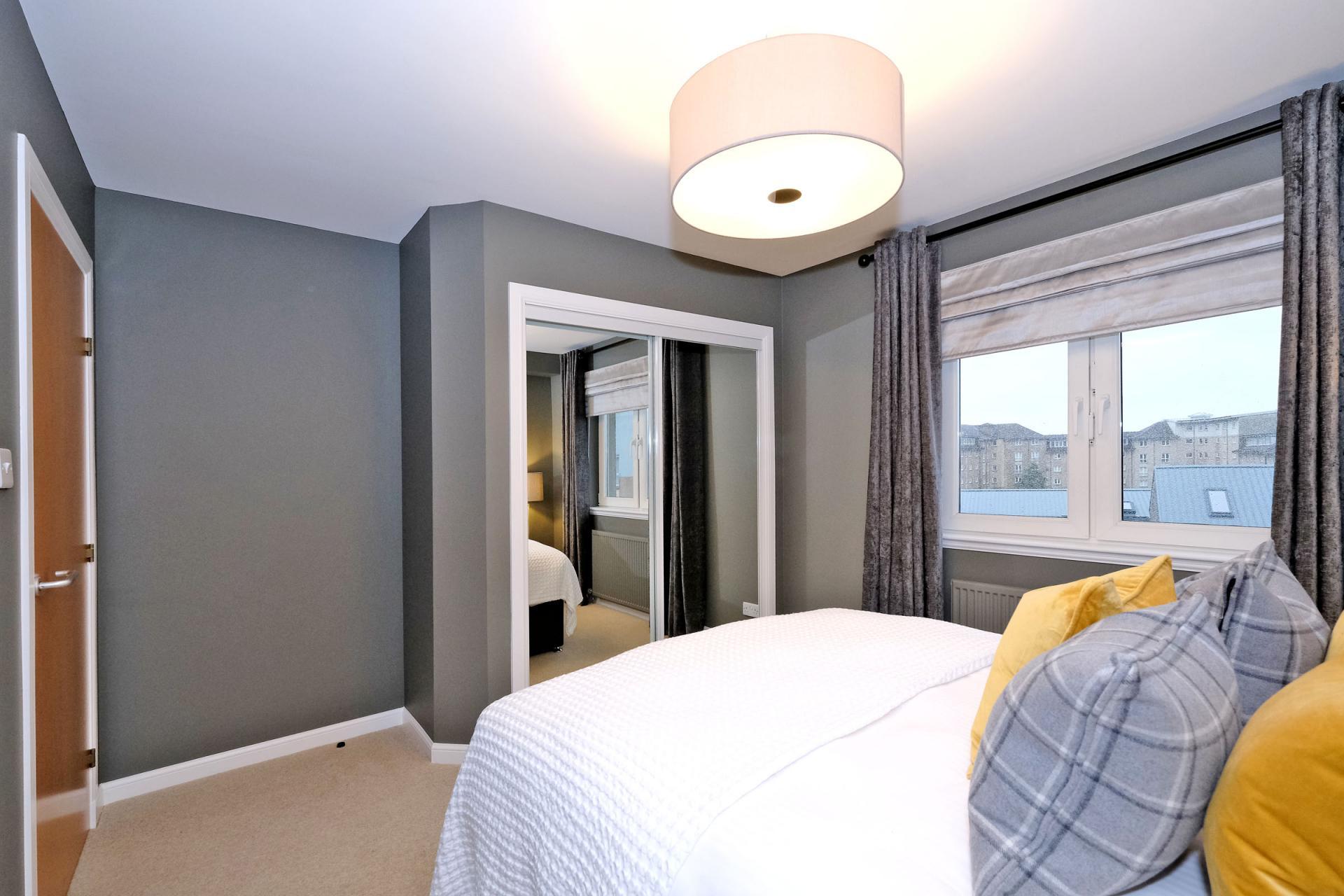 Large mirror at Bothwell Road Apartments - Citybase Apartments