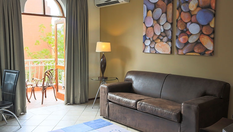 Living area at Times Square Executive Suites - Citybase Apartments