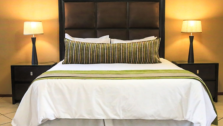 Bedroom at Times Square Executive Suites - Citybase Apartments