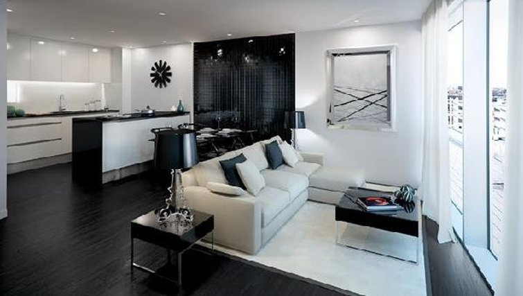 Modern living area at Oakwood Commercial Street - Citybase Apartments
