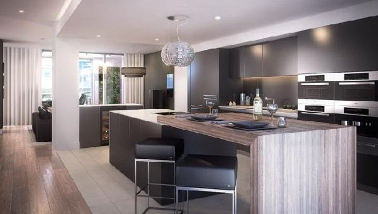 Bright kitchen in Oakwood Commercial Street - Citybase Apartments