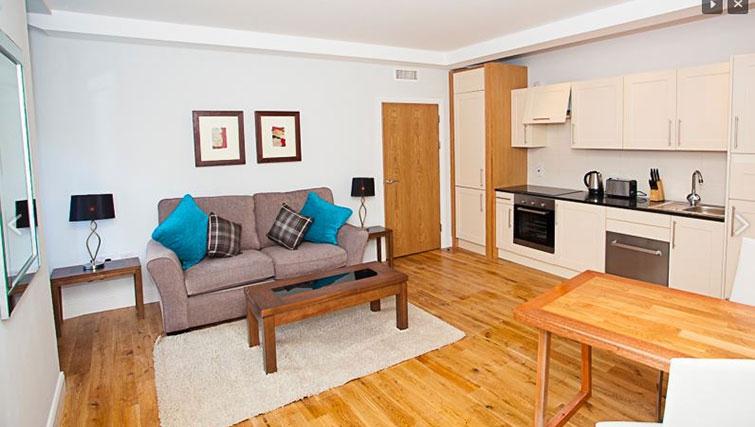 Open plan kitchen in Royal Athenaeum Suites - Citybase Apartments