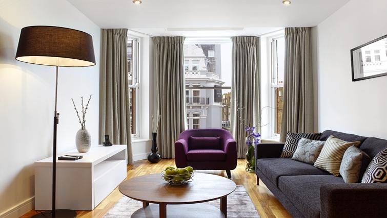 Living area at Cheval Harrington Court - Citybase Apartments