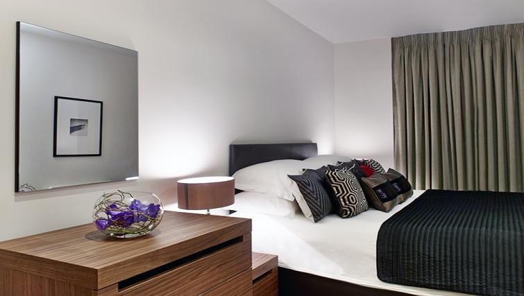 Bedroom at Cheval Harrington Court - Citybase Apartments