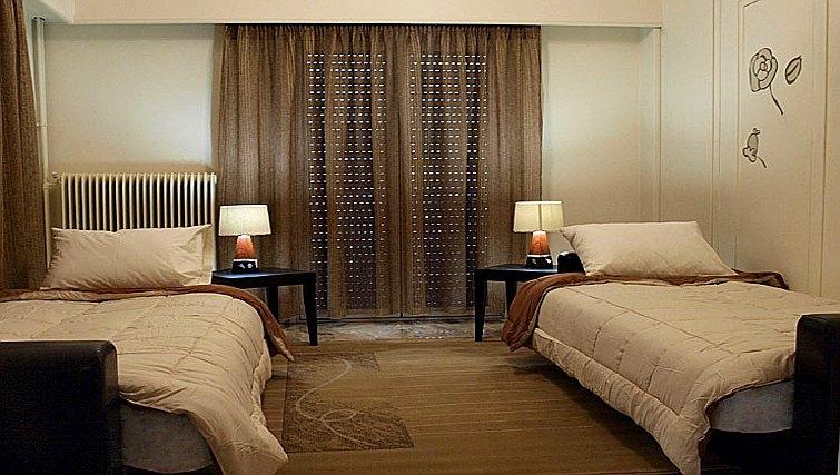 Twin bedroom in Galatsi Apartment - Citybase Apartments