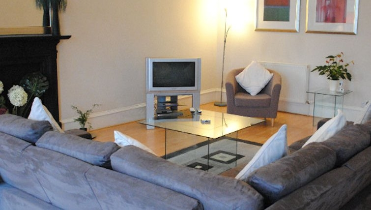 Modern living area at Lynedoch Glasgow Apartments - Citybase Apartments