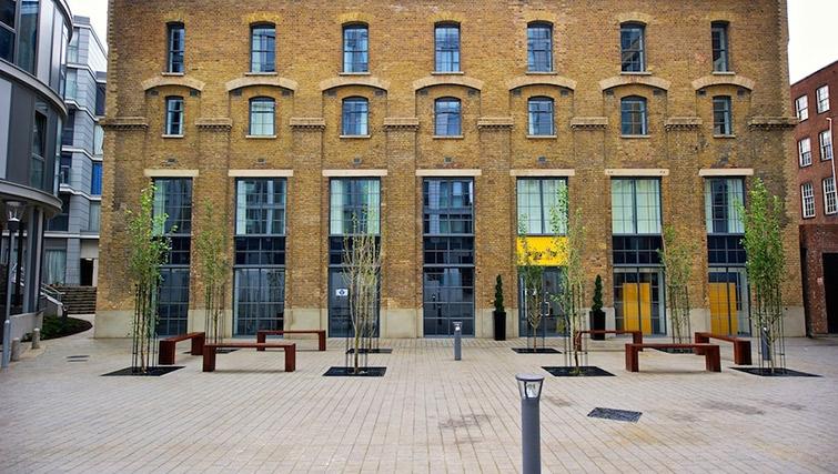 Exterior of Staycity London Deptford Bridge - Citybase Apartments