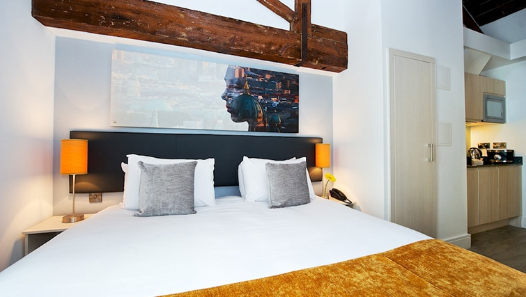 Contemporary bedroom at Staycity London Deptford Bridge - Citybase Apartments