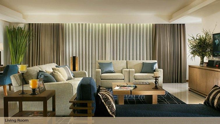 Living area in Oakwood Residence Sukhumvit Thonglor Bangkok - Citybase Apartments