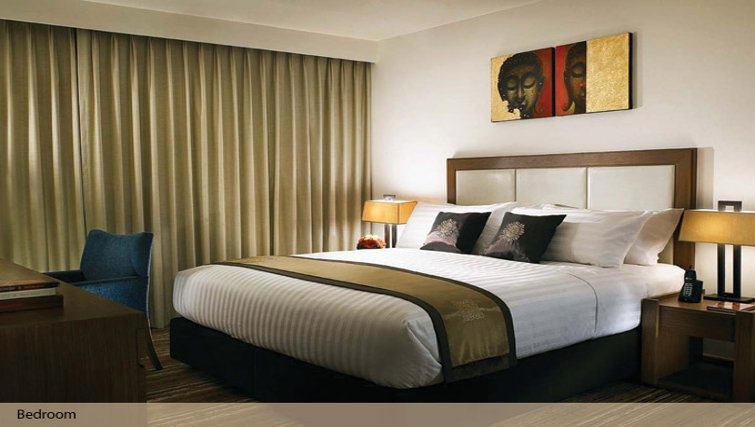 Bedroom in Oakwood Residence Sukhumvit Thonglor Bangkok - Citybase Apartments
