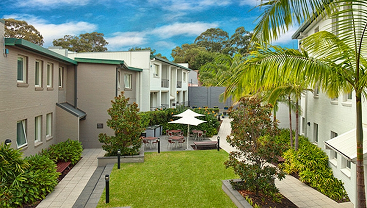 Communal gardens at Adina Apartment Hotel Chippendale - Citybase Apartments