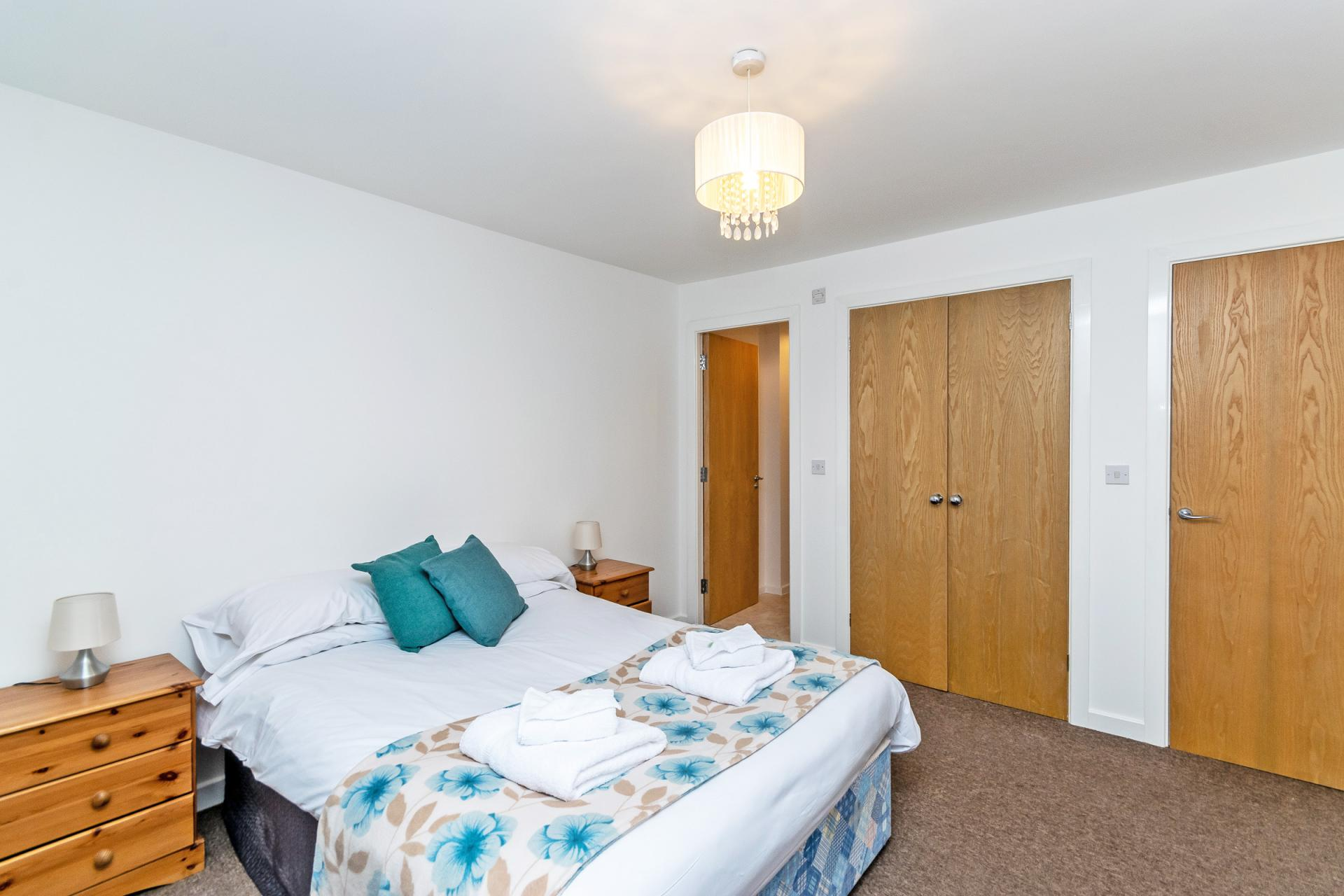 Bedding at Bakers Court Apartment - Citybase Apartments