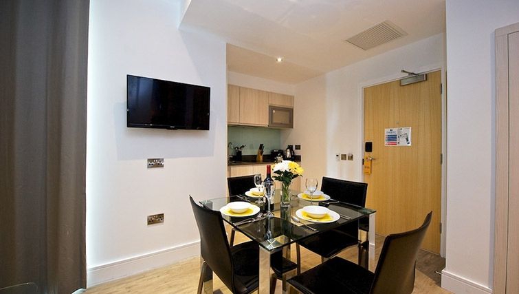 Modern dining area at Staycity London Greenwich High Road - Citybase Apartments