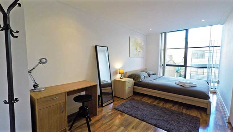 Bedroom at Ferry Quays Apartments - Citybase Apartments
