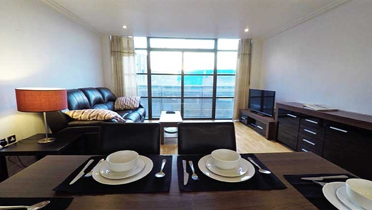 Living/dining area at Ferry Quays Apartments - Citybase Apartments
