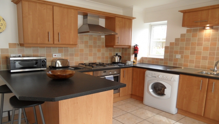 Equipped kitchen at St Raphael House - Citybase Apartments