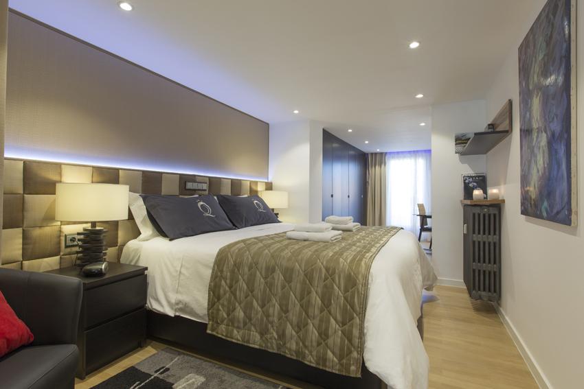 Large bedroom at Villa Liberty Apartments - Citybase Apartments