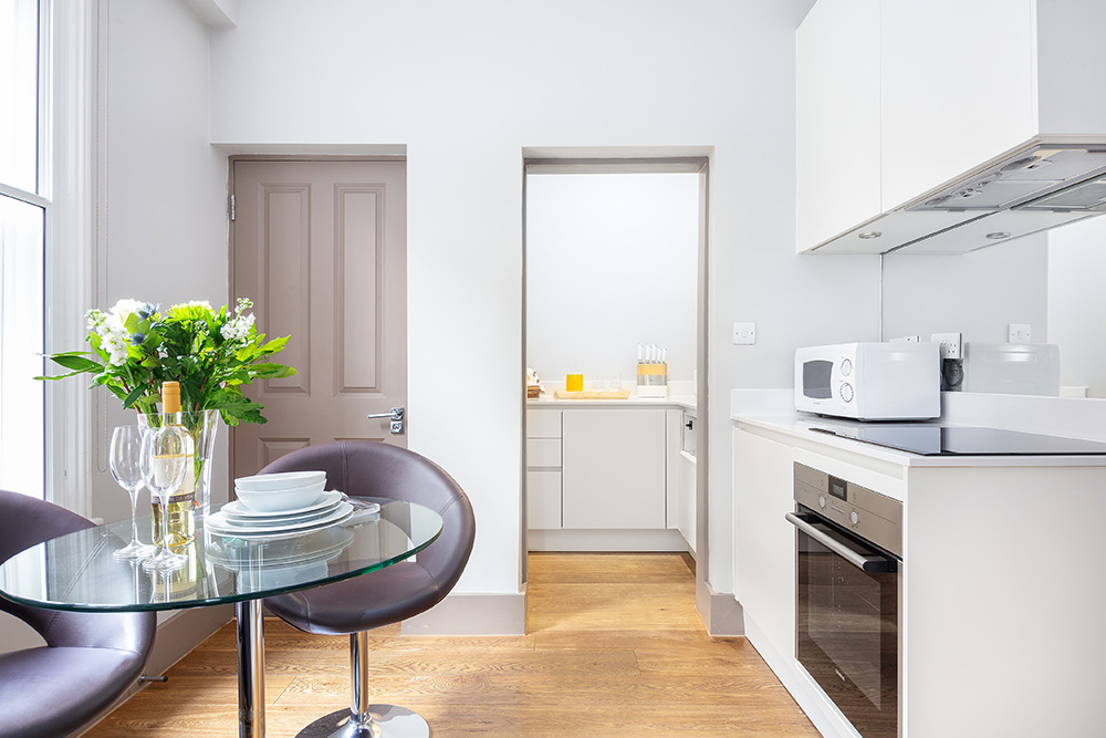 Oven at Cleveland Residences Serviced Apartments - Citybase Apartments