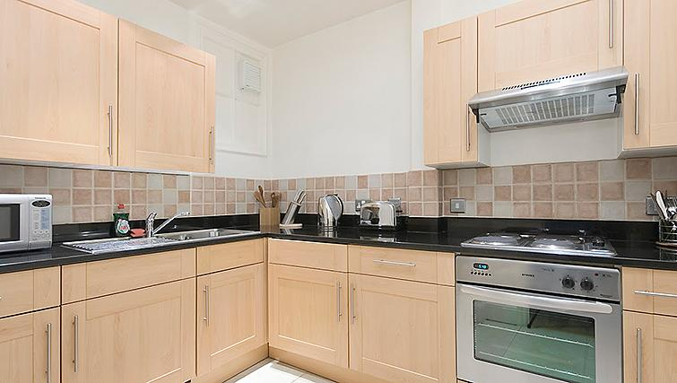 Well equipped kitchen at 17 Hertford Street Apartments - Citybase Apartments