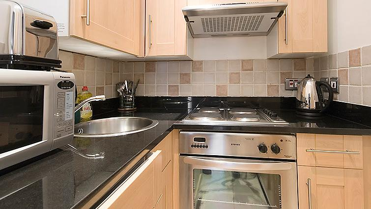 Stylish kitchen at 17 Hertford Street Apartments - Citybase Apartments