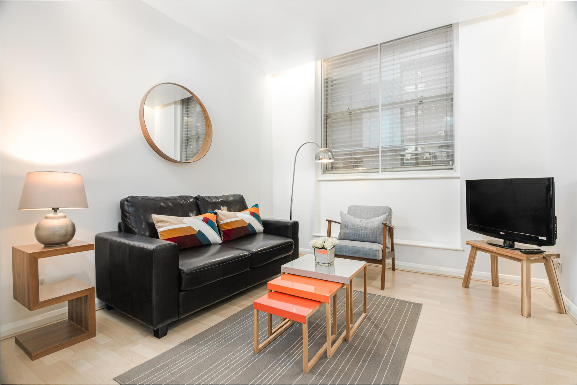 Living area at Priory House Apartments, City, London - Citybase Apartments