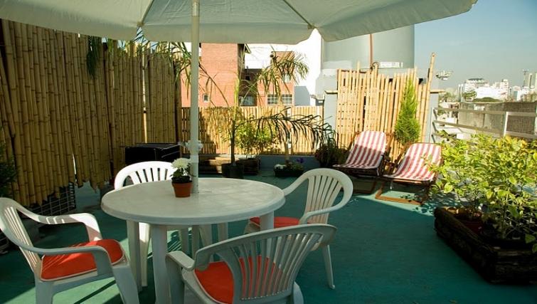 Patio at Soler Lofts Apartments - Citybase Apartments
