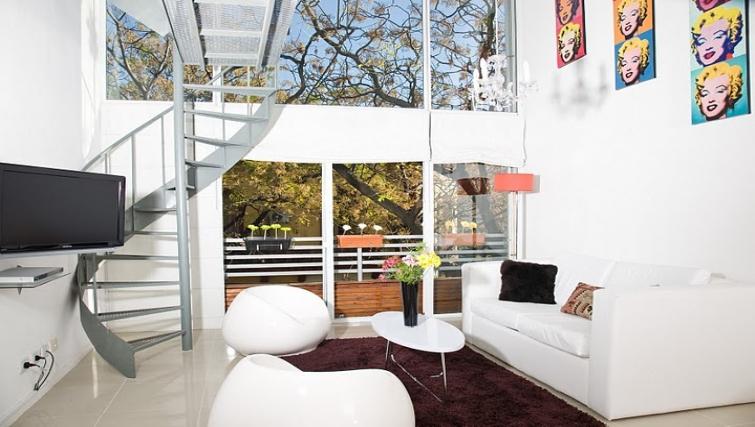 Spacious living area at Soler Lofts Apartments - Citybase Apartments