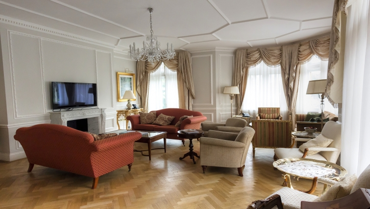 Luxurious living area in Cumberland House - Citybase Apartments