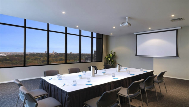 Meeting room at Mantra Southbank Melbourne - Citybase Apartments
